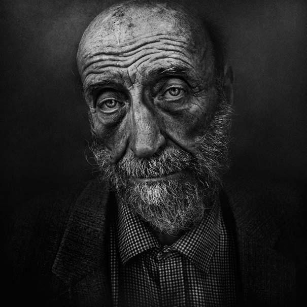 Συγκλονιστικά ασπρόμαυρα πορτραίτα αστέγων από τον Lee Jeffries (6)