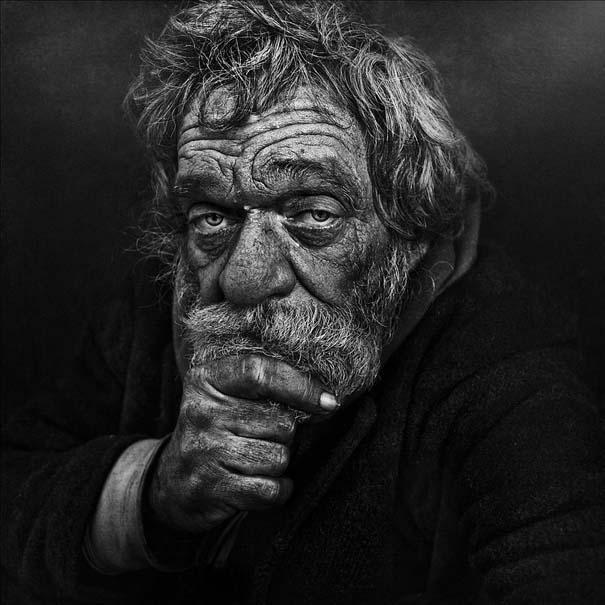 Συγκλονιστικά ασπρόμαυρα πορτραίτα αστέγων από τον Lee Jeffries (8)