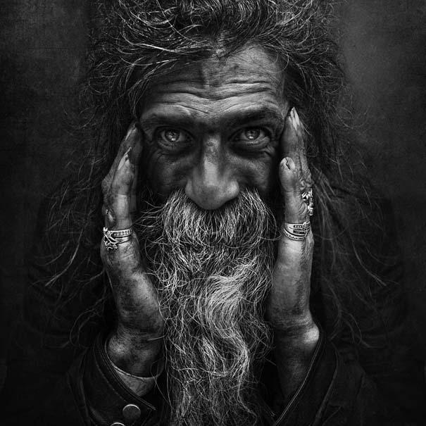 Συγκλονιστικά ασπρόμαυρα πορτραίτα αστέγων από τον Lee Jeffries (14)