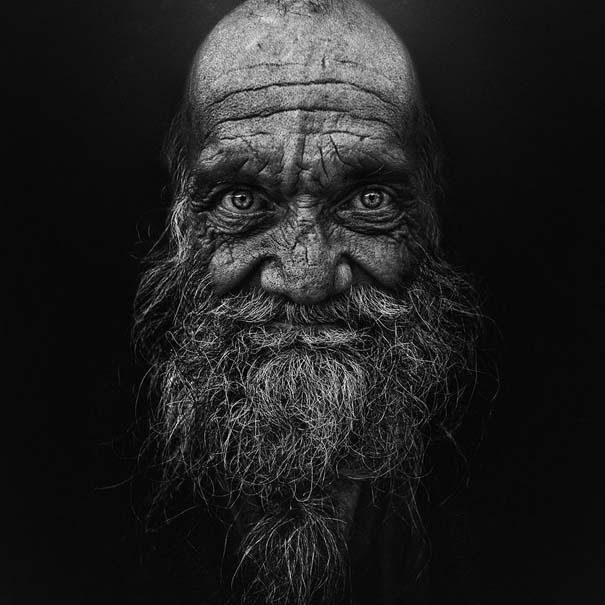 Συγκλονιστικά ασπρόμαυρα πορτραίτα αστέγων από τον Lee Jeffries (16)