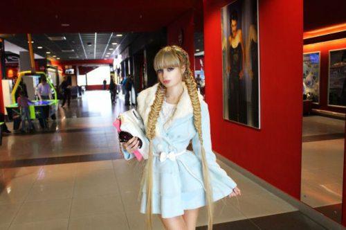 Το όνειρο της ήταν να γίνει μια ζωντανή Barbie... και τα κατάφερε (16)