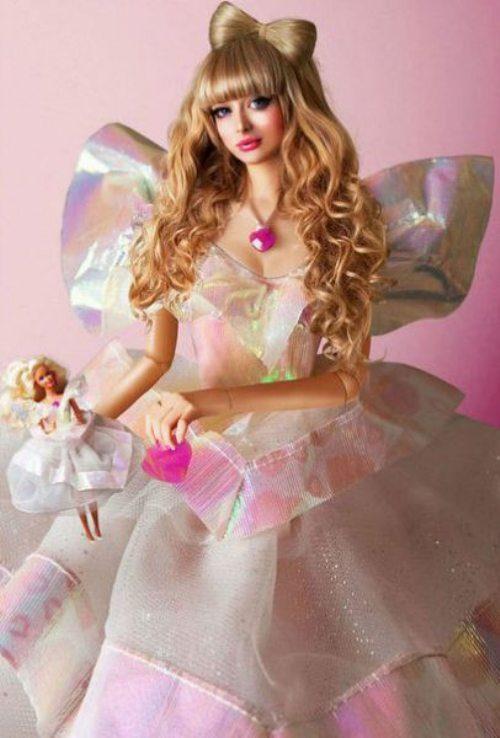 Το όνειρο της ήταν να γίνει μια ζωντανή Barbie... και τα κατάφερε (18)