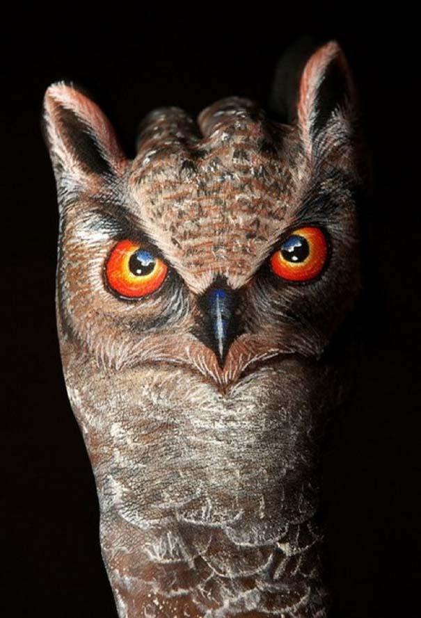 Απίστευτες ζωγραφιές ζώων σε ανθρώπινα χέρια (19)