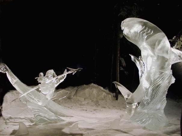 Εκπληκτικά έργα τέχνης από ένα κομμάτι πάγου (1)