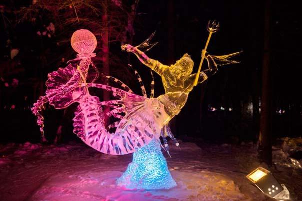 Εκπληκτικά έργα τέχνης από ένα κομμάτι πάγου (13)
