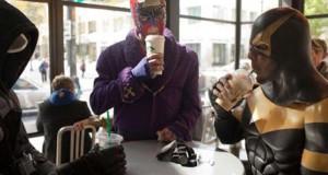 Εν τω μεταξύ, στα Starbucks…