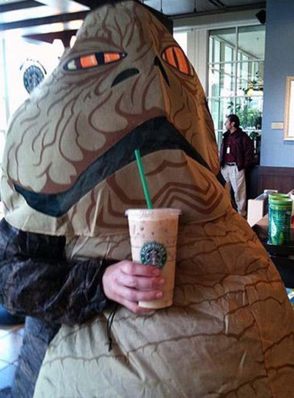 Εν τω μεταξύ, στα Starbucks... (7)