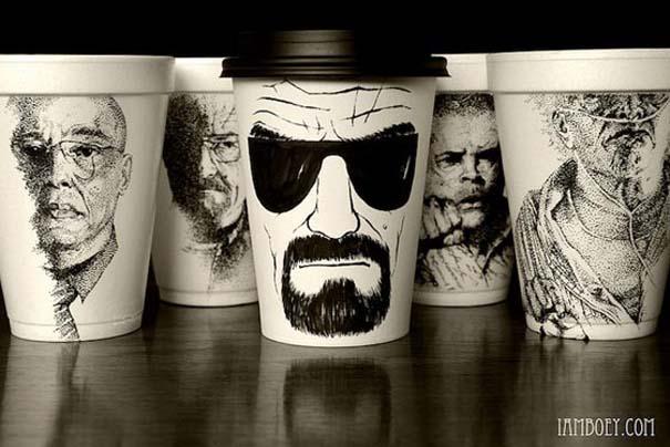 Εντυπωσιακή τέχνη σε ποτήρια του καφέ (1)