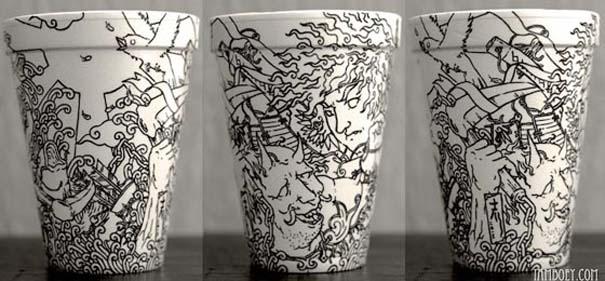 Εντυπωσιακή τέχνη σε ποτήρια του καφέ (3)