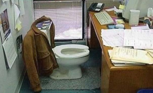 Απίθανες φάρσες στο γραφείο (30)