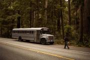 Φοιτητής κατασκεύασε εντυπωσιακό διαμέρισμα σε παλιό λεωφορείο (1)