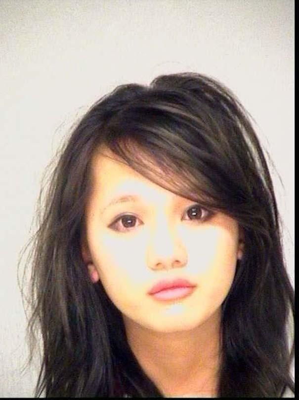 Φωτογραφίες συλληφθέντων: Όμορφες και επικίνδυνες (24)