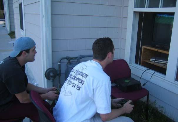 Gamers που απολαμβάνουν το καλοκαίρι (9)