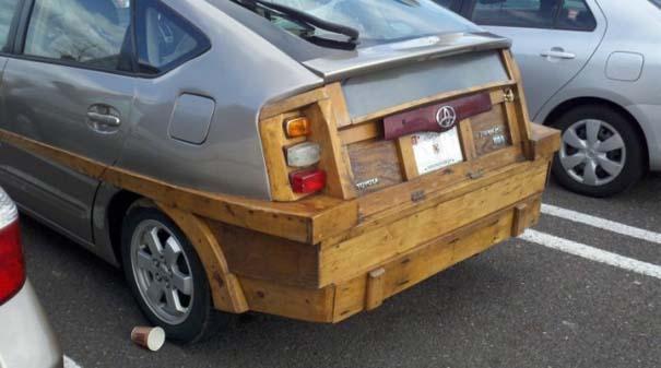 Ξυλουργός επισκεύασε το αυτοκίνητο του (2)