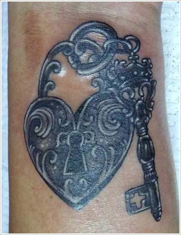 Μοναδικά τατουάζ σε σχήμα καρδιάς (18)