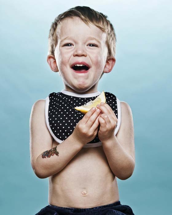 Μωρά δοκιμάζουν το πρώτο τους λεμόνι (6)
