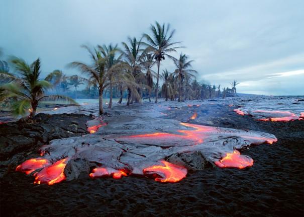 Μια παραλία... σκέτο ηφαίστειο! | Φωτογραφία της ημέρας