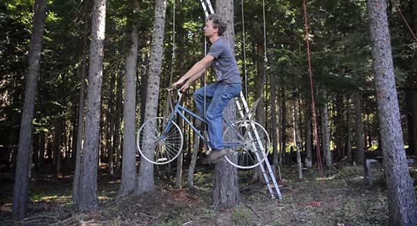 Ασανσέρ ποδήλατο για δενδρόσπιτο (1)