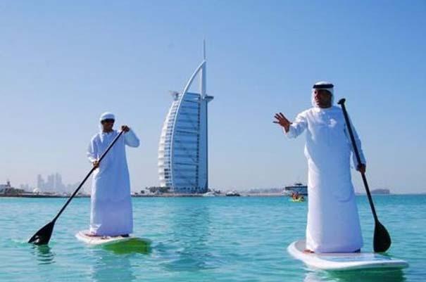 Εν τω μεταξύ, στο Dubai... (2)