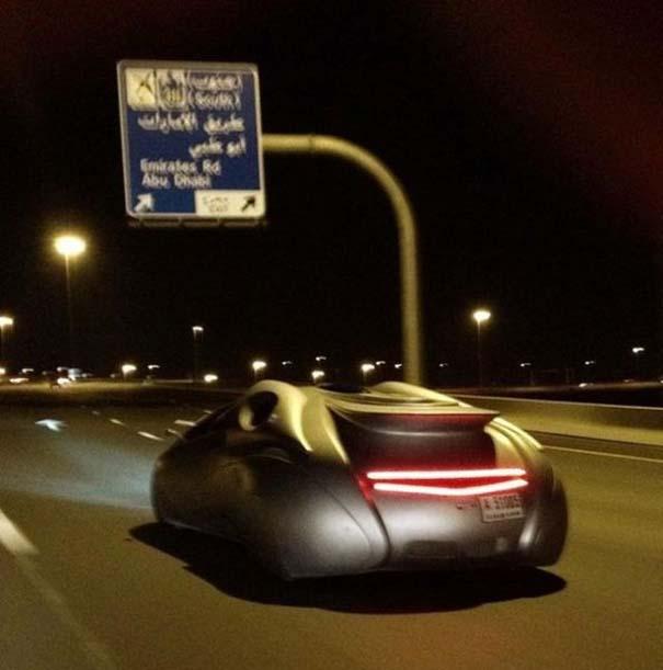 Εν τω μεταξύ, στο Dubai... (14)