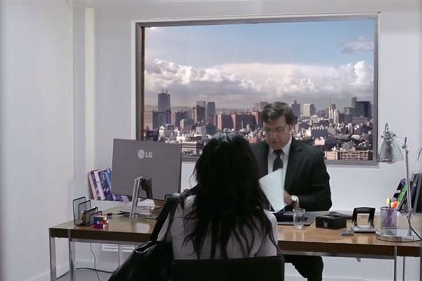 Τρομακτική φάρσα: Πήγαν σε συνέντευξη για δουλειά και... ήρθε το τέλος του κόσμου!