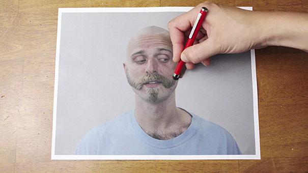 Ο κουρέας με το στυλό (1)