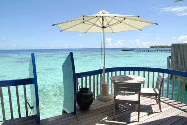 Ξενοδοχείο από βάρκες στο Cocoa Island των Μαλδίβων (8)