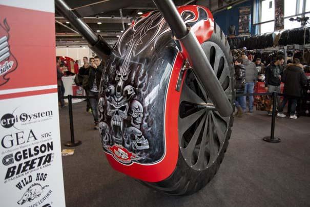 Η μεγαλύτερη μοτοσυκλέτα στον κόσμο (24)