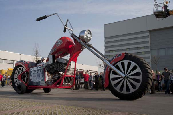Η μεγαλύτερη μοτοσυκλέτα στον κόσμο (31)