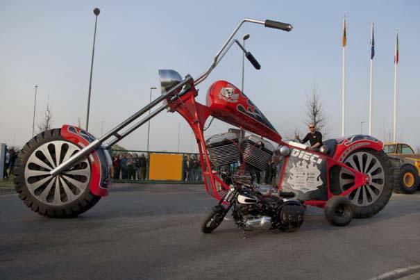 Η μεγαλύτερη μοτοσυκλέτα στον κόσμο (32)