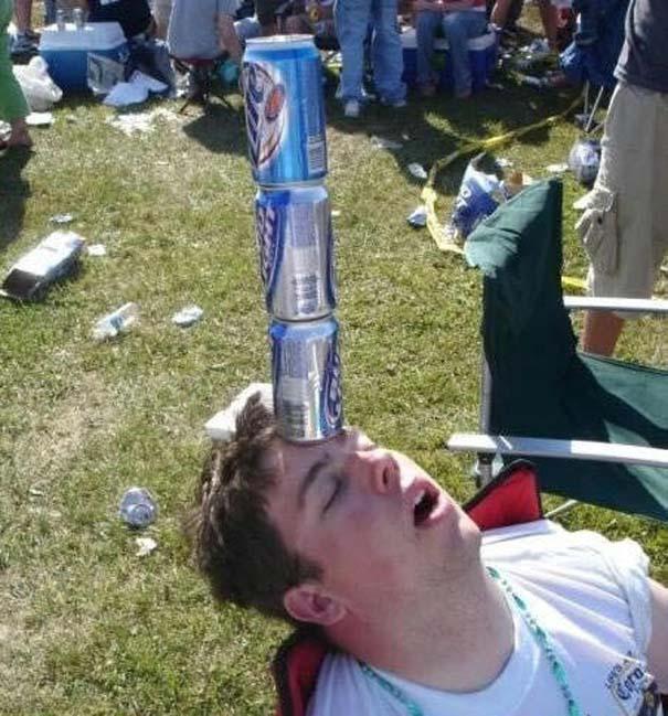 Μεθυσμένοι άνθρωποι που έχουν απαίσιους φίλους (4)