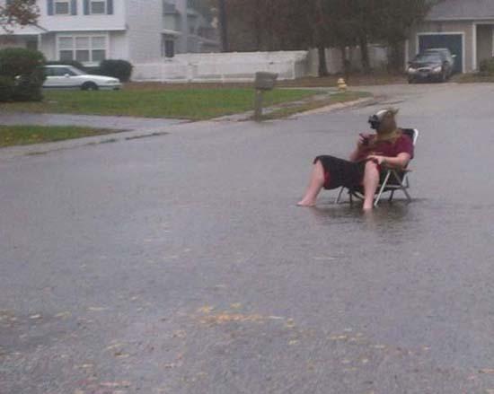 Όταν μια πλημμύρα γίνεται... αφορμή για διασκέδαση (14)