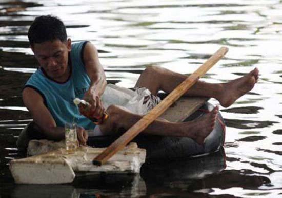 Όταν μια πλημμύρα γίνεται... αφορμή για διασκέδαση (29)
