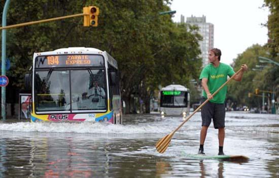 Όταν μια πλημμύρα γίνεται... αφορμή για διασκέδαση (38)