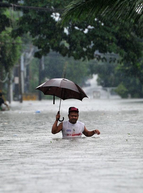 Μη ξεχάσεις να πάρεις ομπρέλα... | Φωτογραφία της ημέρας