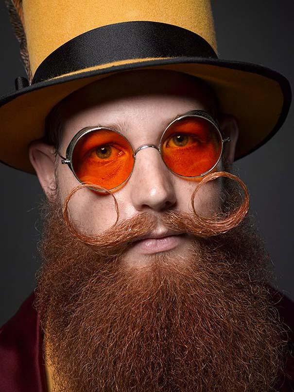 Τα πιο τρελά μούσια και μουστάκια του 2013 (3)