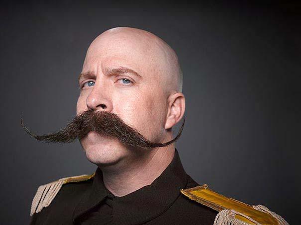 Τα πιο τρελά μούσια και μουστάκια του 2013 (17)