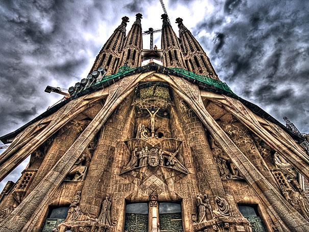 Πως θα είναι η Sagrada Familia όταν ολοκληρωθεί το 2026