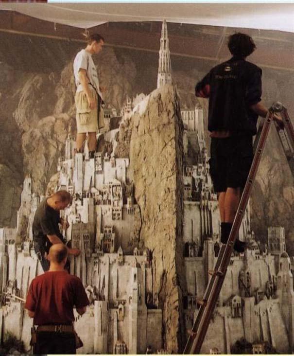 Εκπληκτικά σκηνικά μινιατούρες από διάσημες ταινίες (2)
