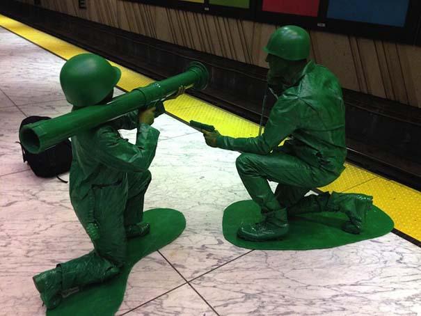 Ένα ζευγάρι... πράσινα στρατιωτάκια (3)