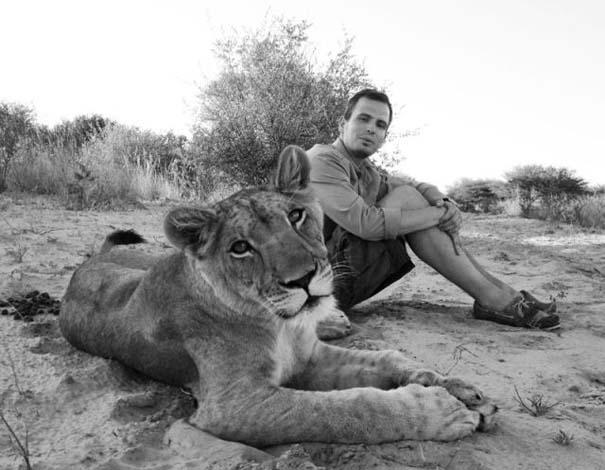 Ο φωτογράφος που έζησε με τα λιοντάρια στην Αφρική (20)