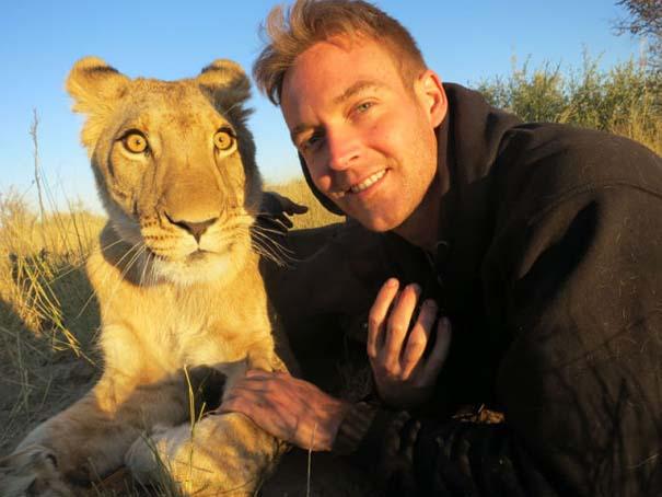 Ο φωτογράφος που έζησε με τα λιοντάρια στην Αφρική (32)