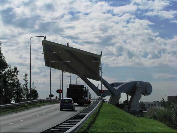 Ιπτάμενη γέφυρα στην Ολλανδία (2)