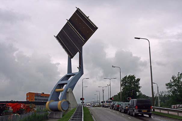 Ιπτάμενη γέφυρα στην Ολλανδία (1)