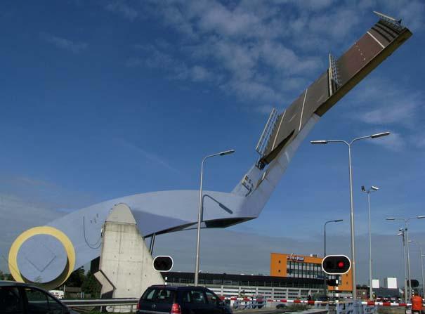 Ιπτάμενη γέφυρα στην Ολλανδία (3)