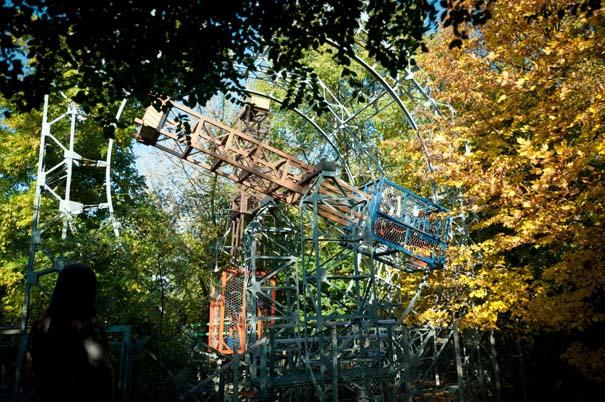 Ιταλός κατασκεύαζε επί 40 χρόνια ολόκληρο λούνα παρκ μόνος του (2)