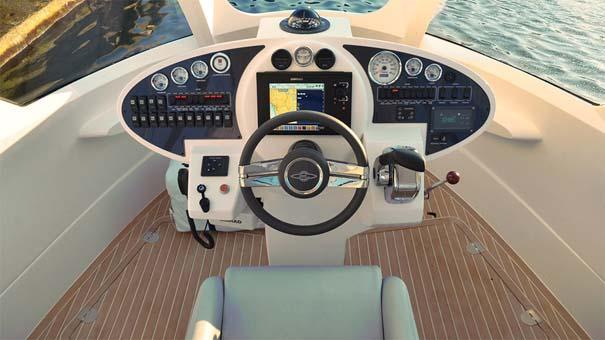 Jet Capsule Mini-Yacht (7)