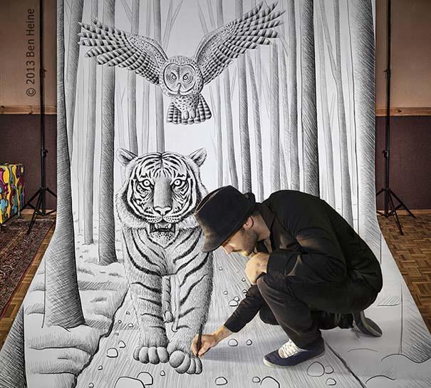 Καλλιτέχνης ποζάρει με τα απίστευτα 3D έργα του (3)