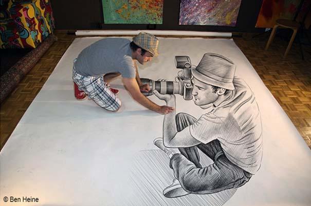 Καλλιτέχνης ποζάρει με τα απίστευτα 3D έργα του (9)