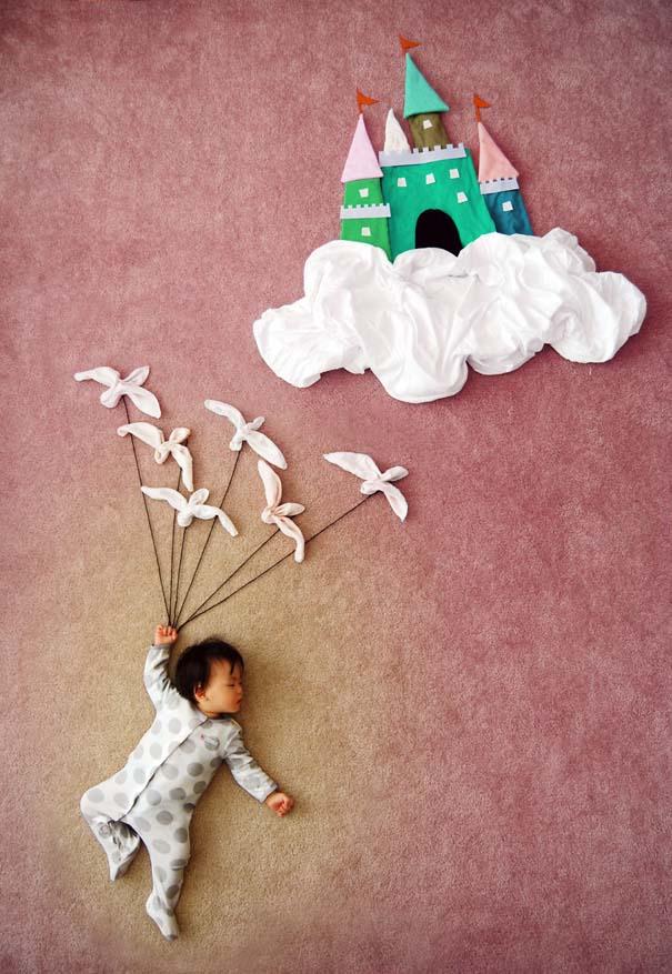 Μητέρα μετατρέπει τον ύπνο του μωρού της σε φανταστικές περιπέτειες (3)